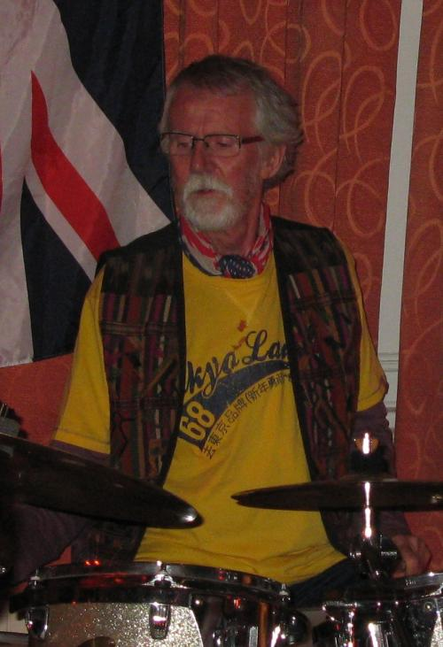 David 'Clancy' Quickmire, 'Reflections' gig, Bulcote Farm Rooms Diamond Jubilee Celebration, 04-06-2012
